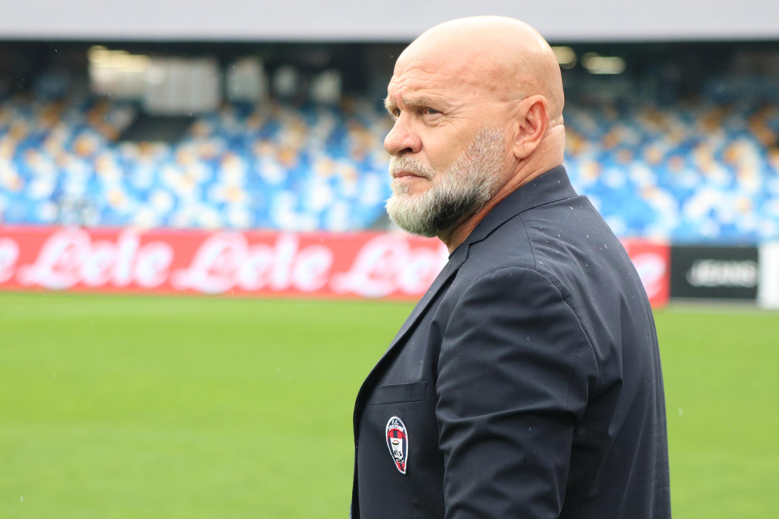 Mister Cosmi nel post #NapoliCrotone